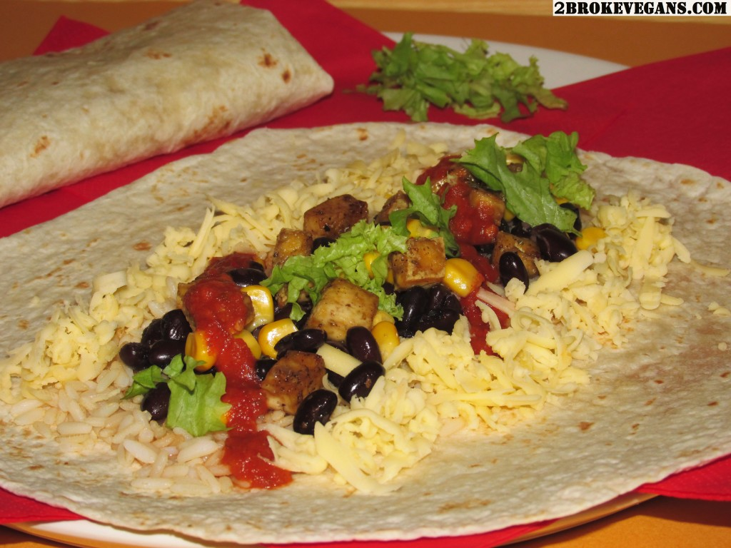These delicious black bean and rice burritos are very similar to those ...