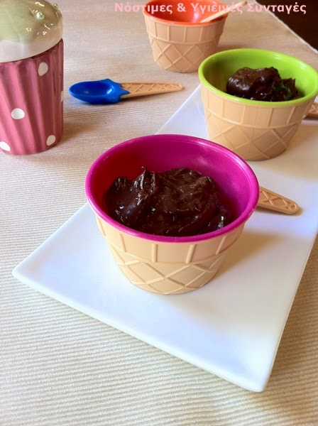 Chocolate avocado mousse with coconut cream